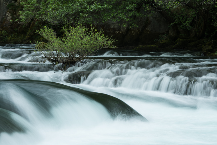 lange sluitertijden om beweging in het water te laten zien