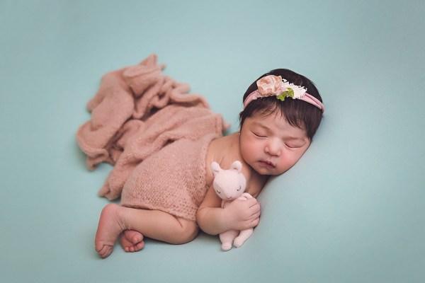 pose snuggle fotografia newborn
