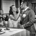 bruid-geeft-hostie