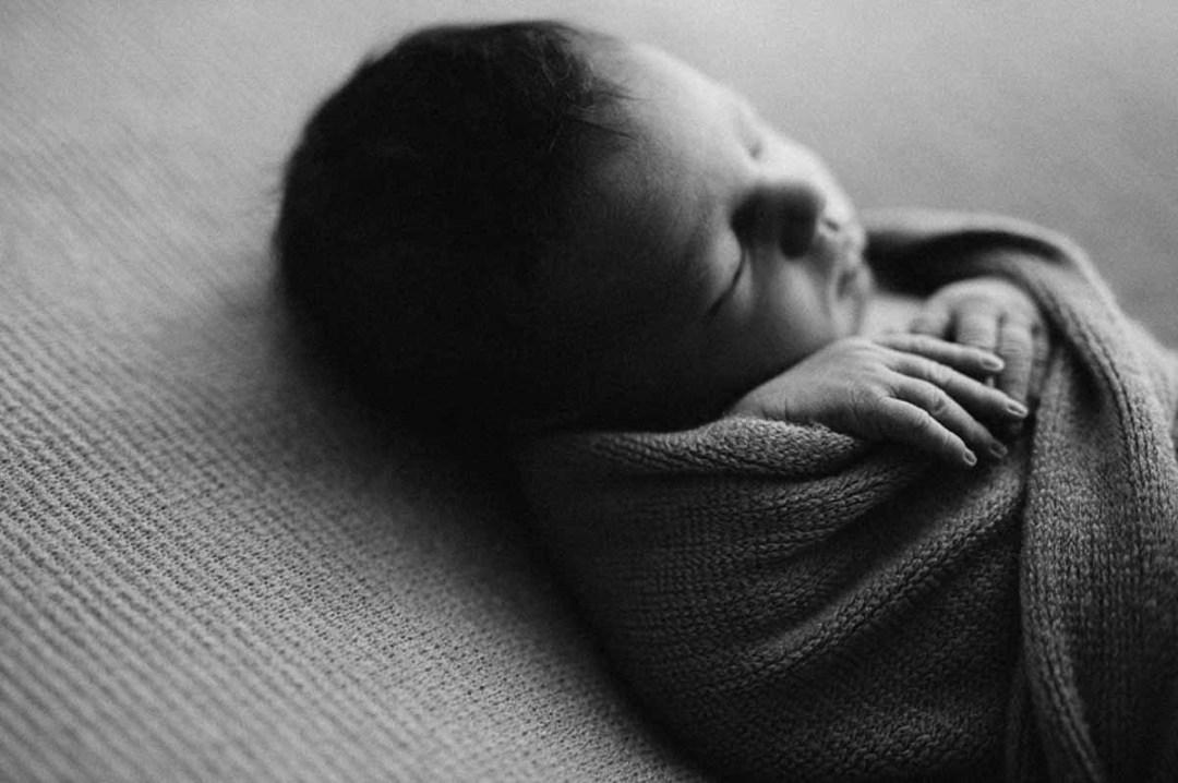 flere års erfaring med nyfødt fotografering i Odense