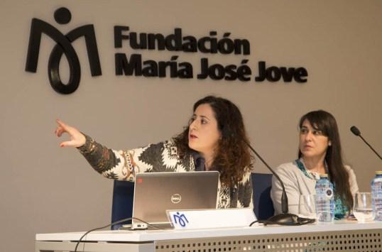 María Isabel García Pérez, Arte-psicoterapeuta en los servicios del CNWL y NHS (National Heatlh Service) del Hospital de Hillingdon, Reino Unido.