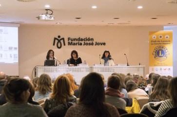 Ponente María Gorety Pazos González. Médico de Familia. Experta en Cuidados continuos y Paliativos. Servicio de Oncología Médica del Hospital de A Coruña