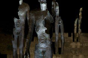 Skulpturer i en trapp i Praha. Hele kunstverket heter «The Memorial» og er tilegnet offerne for kommunismen mellom 1948-1989.