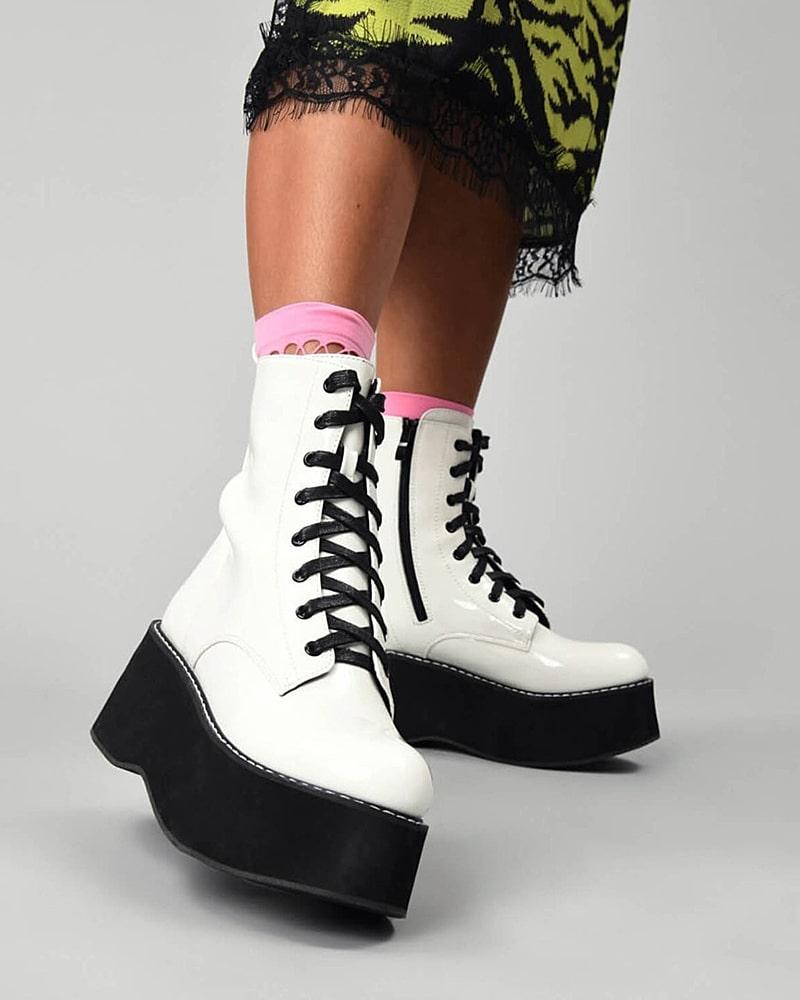 модная обувь ботинки белые