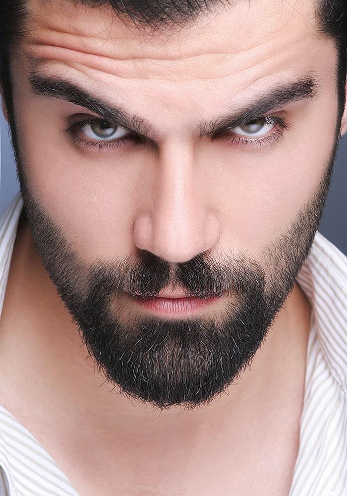 форма бороды острая