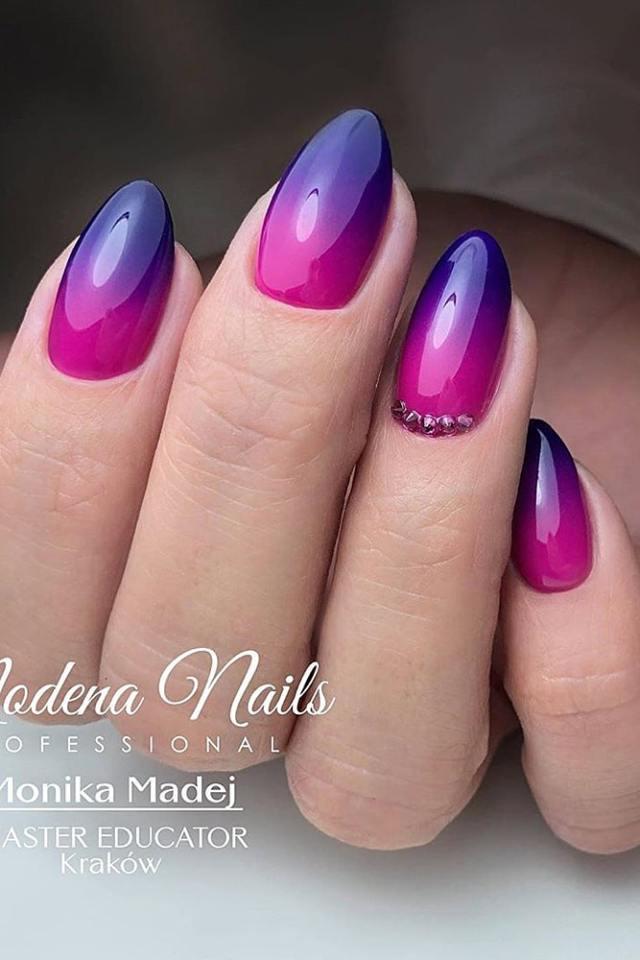 маникюр омбре пурпур
