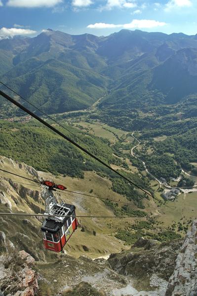 Los picos de europa an alpine style adventure discover cantabria - Fuente de los banos montanejos ...