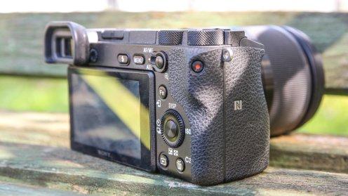 Sony A6500/fot. fotoManiaK.pl