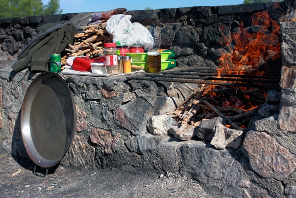 fotografía de la barbacoa en el Valle Perdido en Murcia