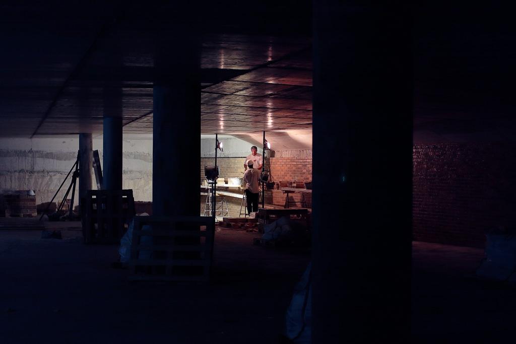 Albañilería de la pared con ladrillos visto