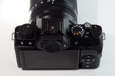 FujiFilm X-T100 + Fujinon 18-135 f3.5 - 5.6 R LM OIS WR
