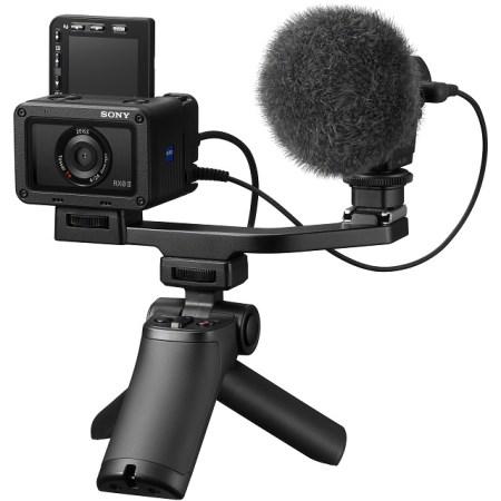 Sony RX0 II con impugnatura / mini cavalletto attiva (replica comandi) e microfono