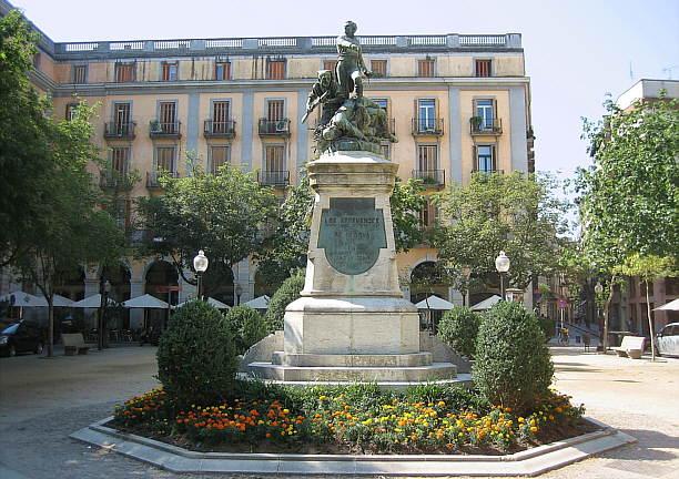 Resultado de imagen para Fotos de la plaza de Gerona