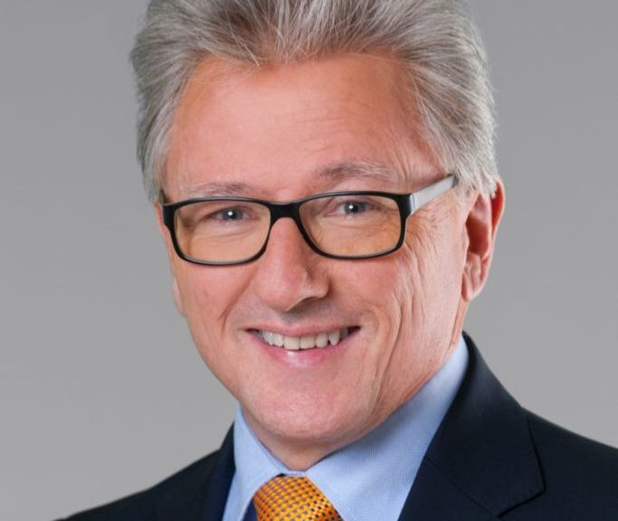 Gerhard Brischnik, langjähriger Geschäftsführer der Ringfoto Österreich, tritt am 1. Juli seinen Ruhestand an.