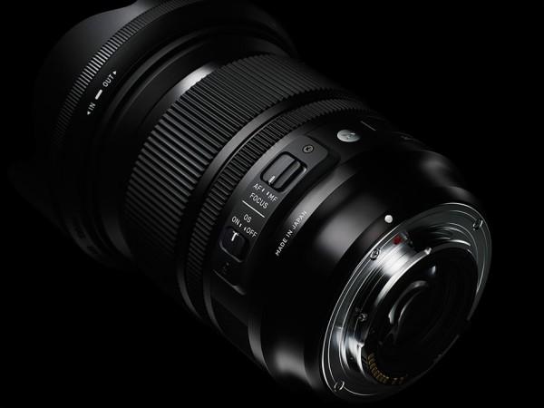 Sigma-24-105mm-f4-DG-OS-HSM-lens-04
