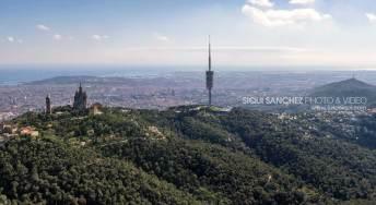 aerea-fotografia-barcelona-eixample-puerto-aerial-tibidabo-collserola-antena-foster