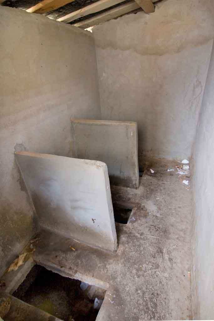 toilet-sucia-china