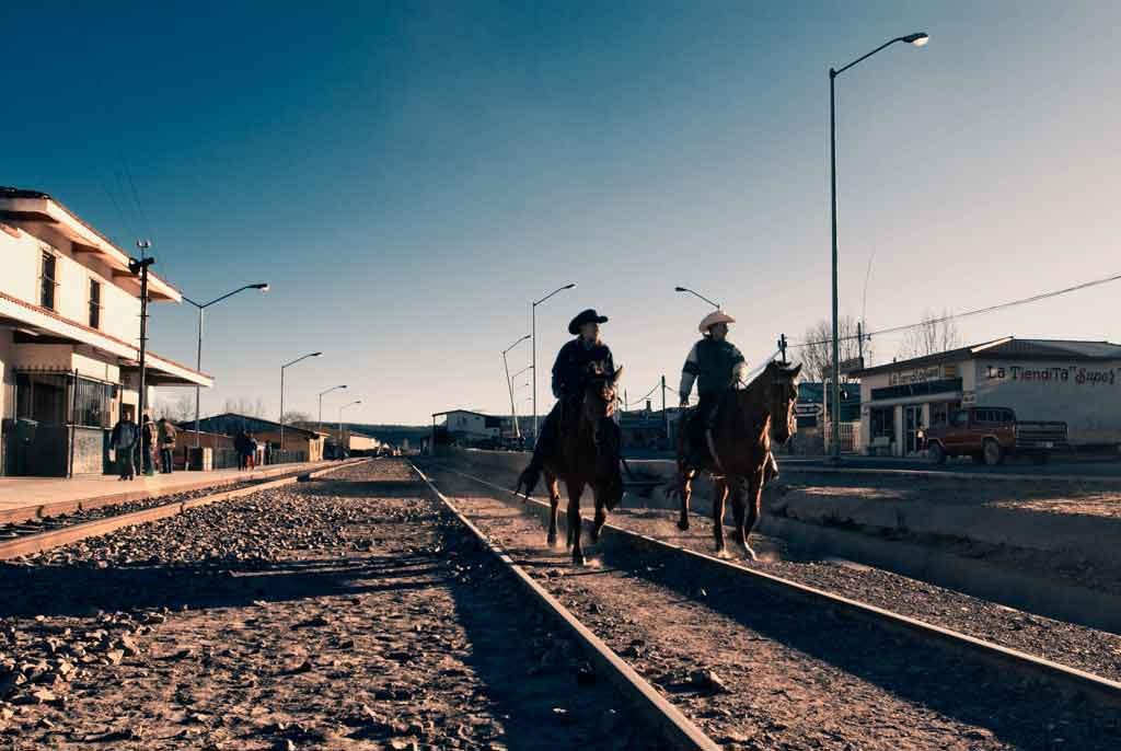 mexico-vias-tren-caballo