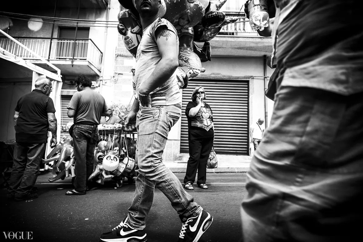 104 - 2014 - ONE YEAR OF MY STREET PHOTOGRAPHY ON VOGUE.IT - fotostreet.it