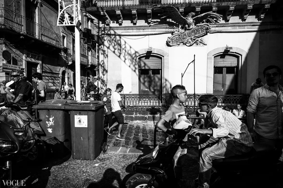 132 - 2014 - ONE YEAR OF MY STREET PHOTOGRAPHY ON VOGUE.IT - fotostreet.it