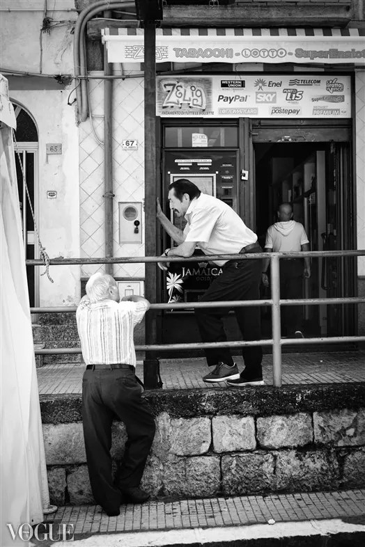 93 - 2014 - ONE YEAR OF MY STREET PHOTOGRAPHY ON VOGUE.IT - fotostreet.it