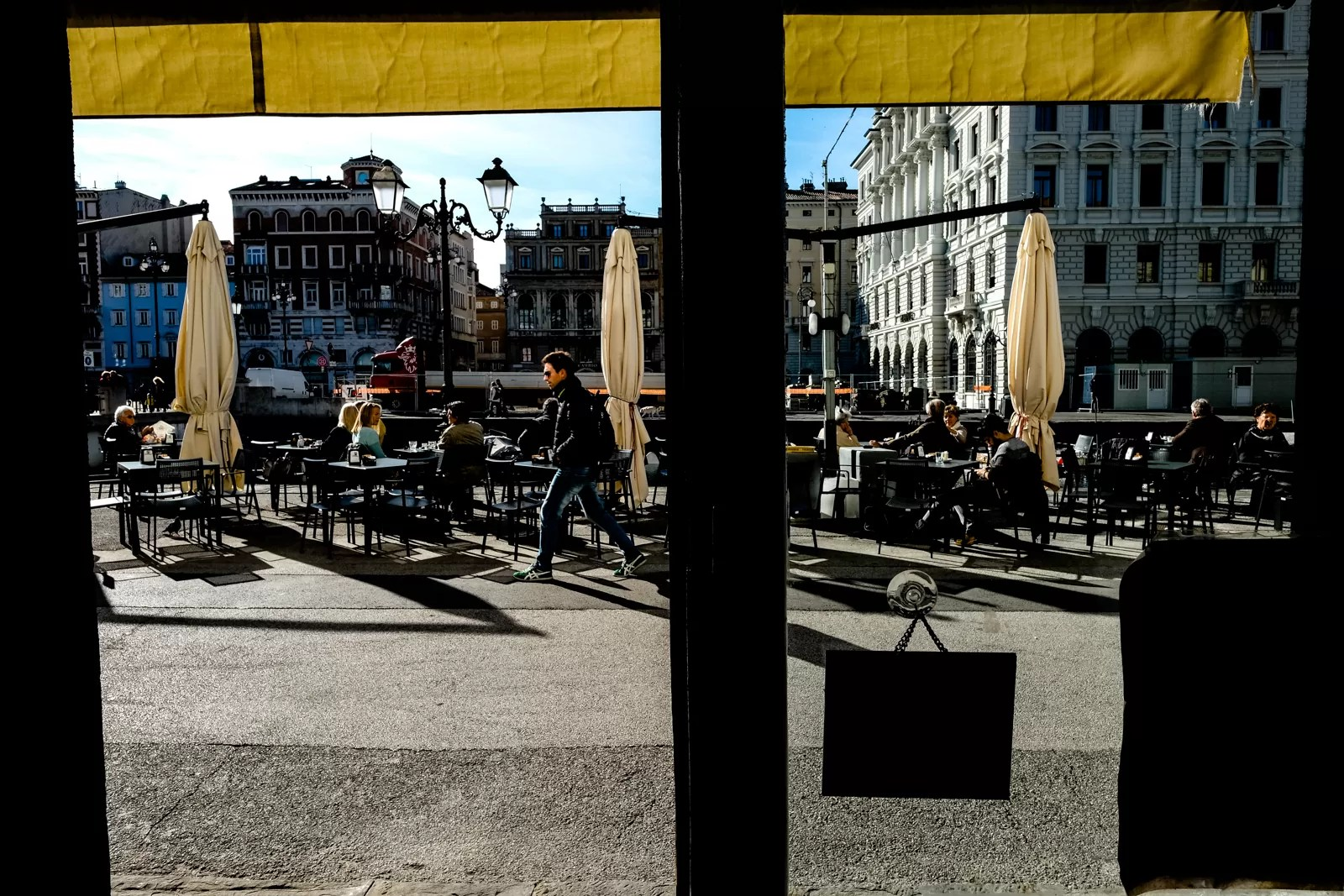 DSCF3264 - One Day in Trieste [Color Street Photography] - fotostreet.it