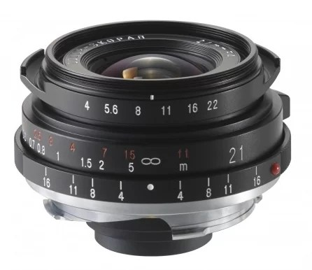 Color Skopar 21 mmF40 P VM - Un amore a primo scatto! Voigtlander e la Street Photography - fotostreet.it