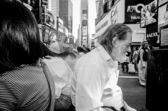 raw0004 756x500 - NEW YORK - PEOPLE - MY STREET PHOTOGRAPHY VISION (VIDEO) - fotostreet.it
