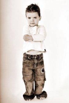 Kind, Fotoshooting, Shooting, Fotostudio, Studio, Diez, Limburg, Hahnstätten, Holzheim, Fotos, Fotografien, Fotograf, Foto, klassisch, gefühlsvoll, exklusiv, elegant, extravagant, emotional, gefühlsbetont, schön, modern, süß, niedlich, professionell, motzig, Junge, trotzig, cool