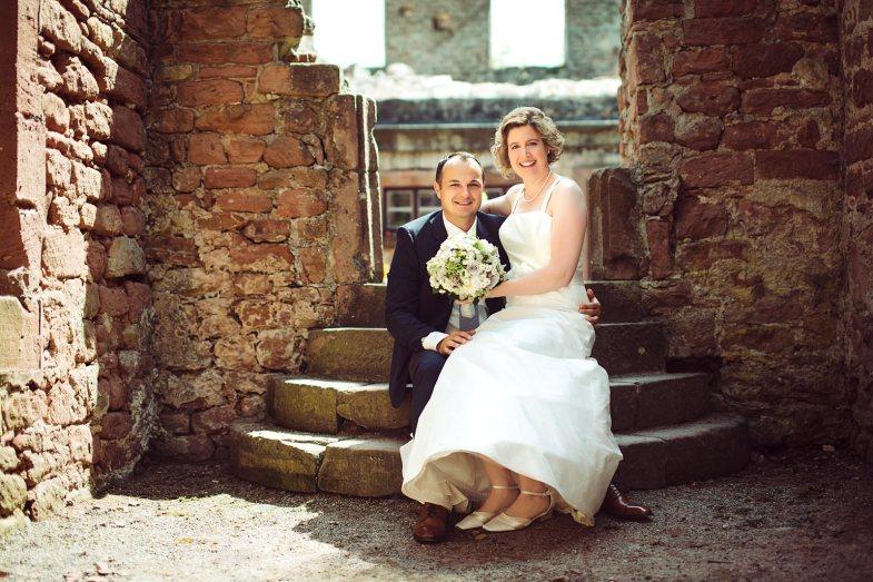 Hochzeit-Burgmauer-web