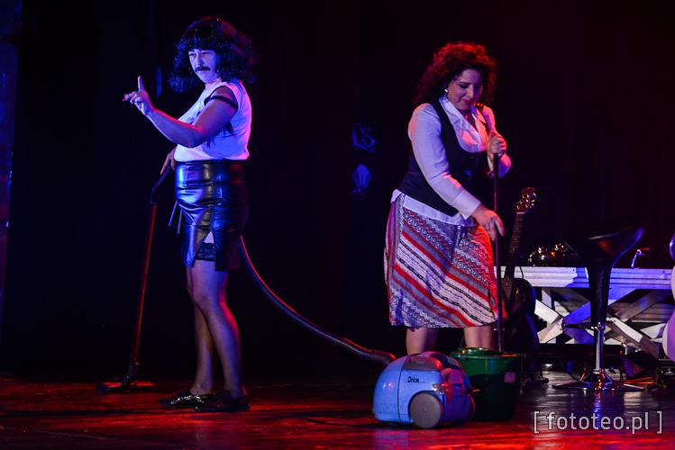 Bogusława Bryczek jako Freddie Mercury z zespołu Queen oraz Anna Grygierek