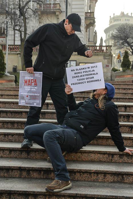 Fotografia zeventu przeciwko przemocy domowej