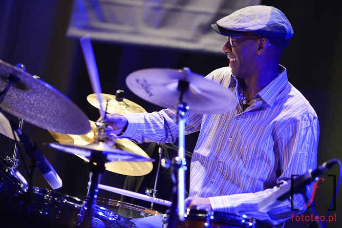 Omar Hakim with Trio of Oz during concert in Poland
