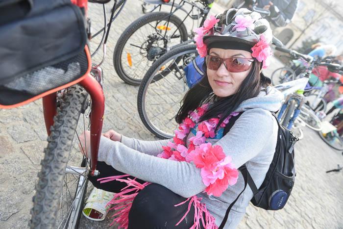 Rowerzystka przed startem