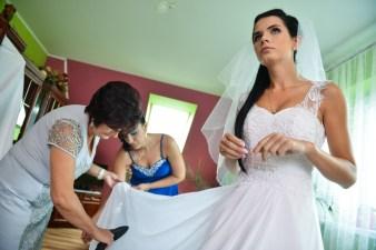 Kasia podczas przygotowań ślubnych