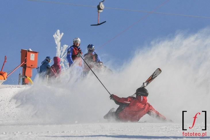 Redbull zjazd nakreche Szczyrk, wywrotka narciarza