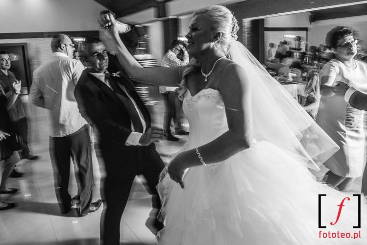 Swietna zabawa weselna