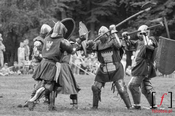 Walka rycerzy średniowiecznych