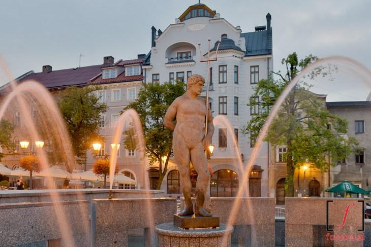 Pomnik Neptuna nabielskim Rynku