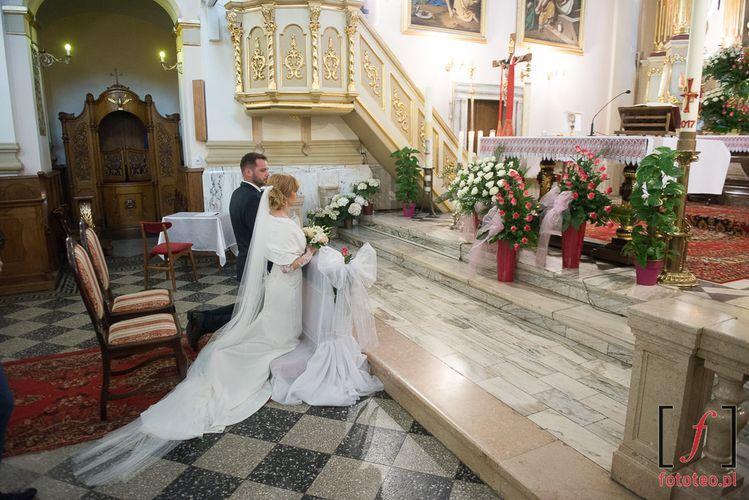 Para młoda w kościele Bielsko