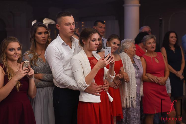 Zaproszeni goscie na wesele