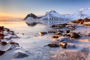 Vestrahorn, Stokksnes Peninsula, Iceland. Canon 5Ds, Canon 16-25mm f/4L at 25mm, ISO 100, 1/8 sec at f/13, Tripod, LEE 0.9 medium grad ,© Mark Bauer