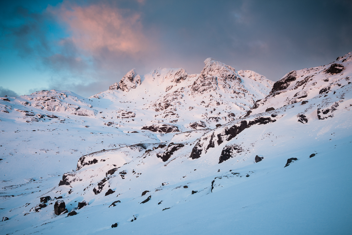Sunrise on the Cobbler. Canon 5D mark III, 24-105mm f/4 at 28mm, ISO100, 0.3s at f/14, Tripod. © Dougie Cunningham