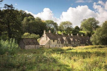 Arlington Row, Bibury, Gloucestershire © Sarah Howard