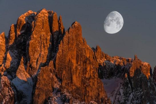 Sassolungo and the moon. Nikon D810, 28-300 at 300mm, ISO 100, 1/50s at f/10, tripod, October. ©James Rushforth