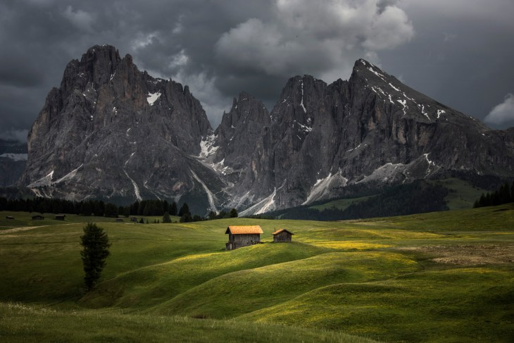 An afternoon storm in the Alpe di Siusi. Nikon D810, 28-300 at 55mm, ISO 100, 1/320s at f/9, June.©James Rushforth