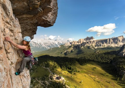 Climbing 'Via Myriam' on Torre Grande at Cinque Torri. Nikon D610, 16-35mm at 16mm, ISO 100, 1/200s at f/7.1, September. ©James Rushforth