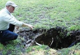 settling yard sinkhole