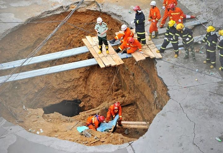 cover-collapse sinkhole ft lauderdale fl