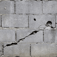 crack in retaining wall common problem in florida